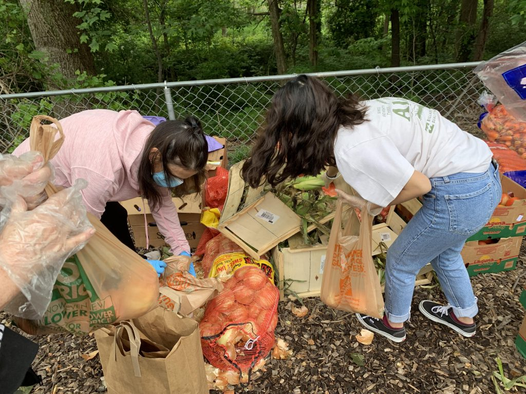 West Annapolis Pop Up Pantry fresh produce donations