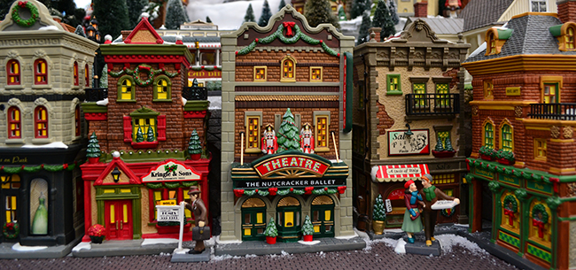 dept 56 christmas in the city 650305