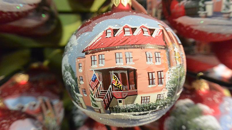 heirloom-ornament-2014-800x450