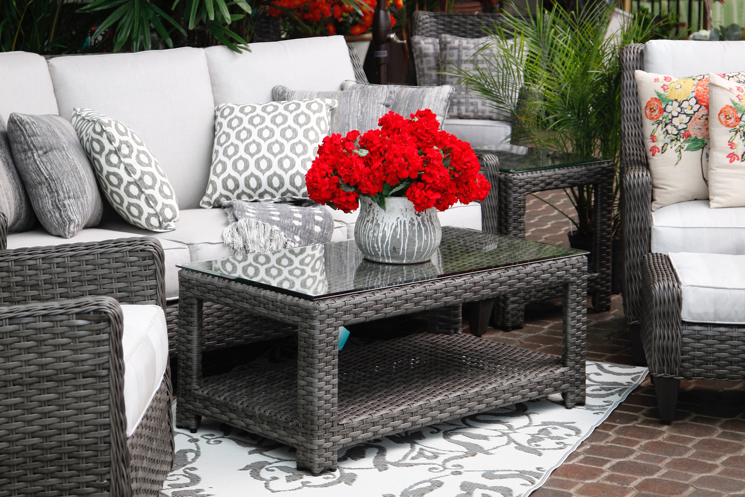 sets size garden outdoor backyard and full design of for indoors patio upholstery used umbrellas furniture